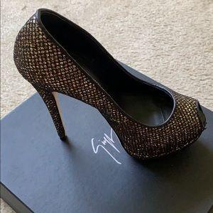 Size 38/5 Giuseppe platform heels